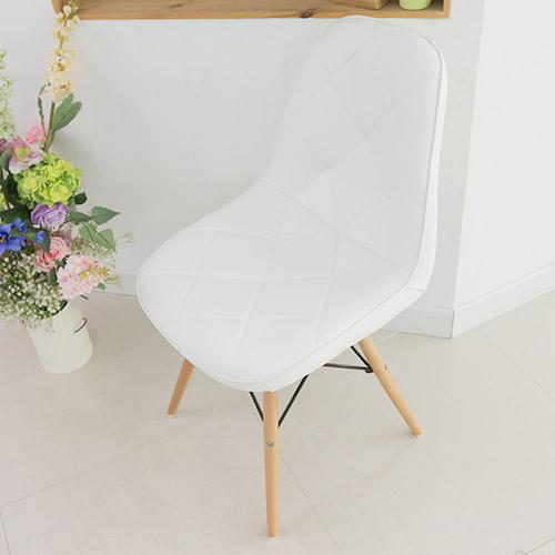일루일루 모아 에펠 엠보싱 체어 인테리어 의자, 화이트